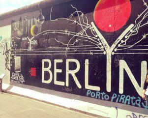 berlin german wall story history