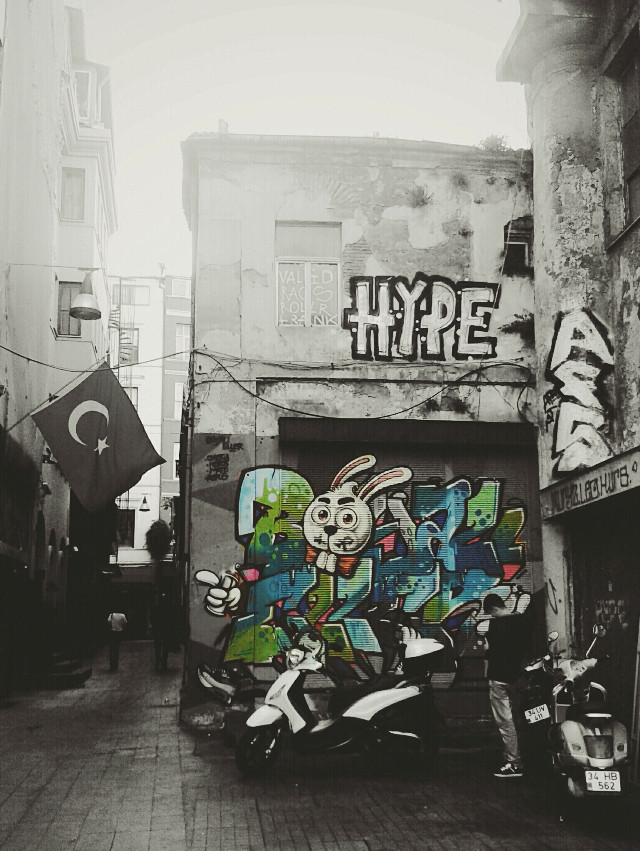 Deep in the streets - Istiklal street in Istanbul #photography #color splash #wapgraffiti Week in review 13.10.2014 thank you!