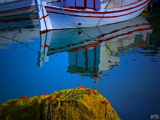 colorful photography seaside reflection greece
